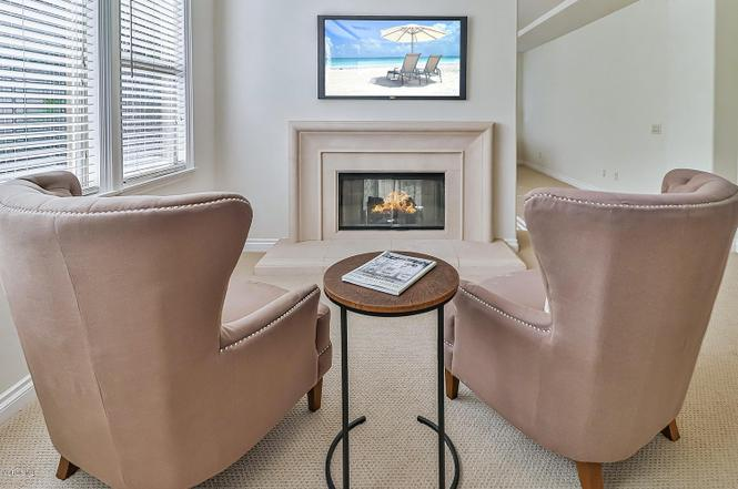 Redfin image upstairs fireplace nook